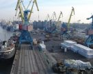 Отгрузки зерна из портов Украины сократились в три раза