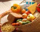 Реалізація харчів в Україні становить 21% обсягу промислових товарів