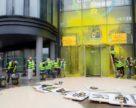 У Франції атакували офіс Bayer